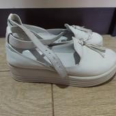 Туфли женские кожаные 38 размер